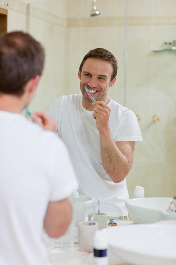 Цена отбеливания зубов в киеве