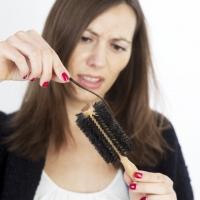 ТОП-5 причин выпадения волос