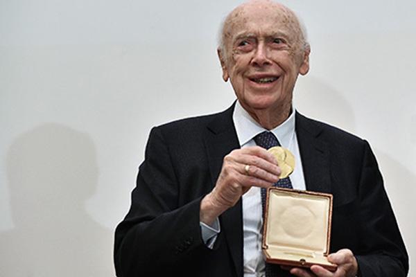 Нобелевский лауреат рассказал о перспективах лечения рака