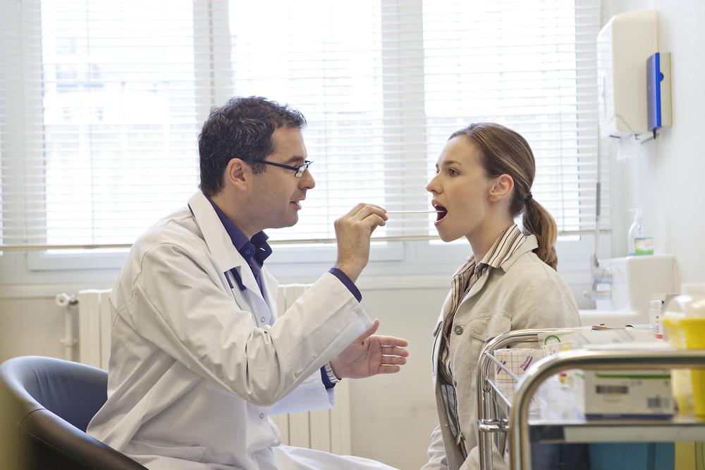 больные миндалины и запах изо рта