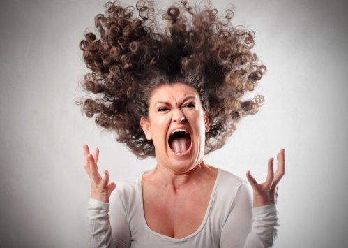 Выпадение волос на нервной почве