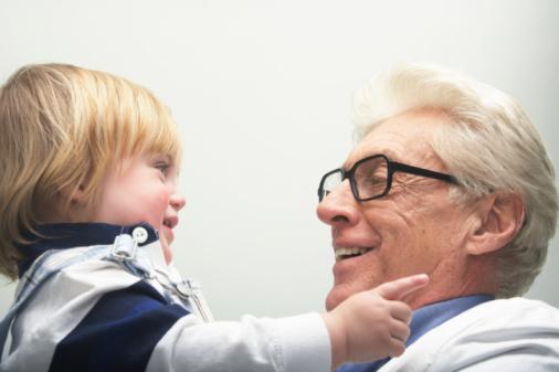 Как защитить зрение в пожилом возрасте?