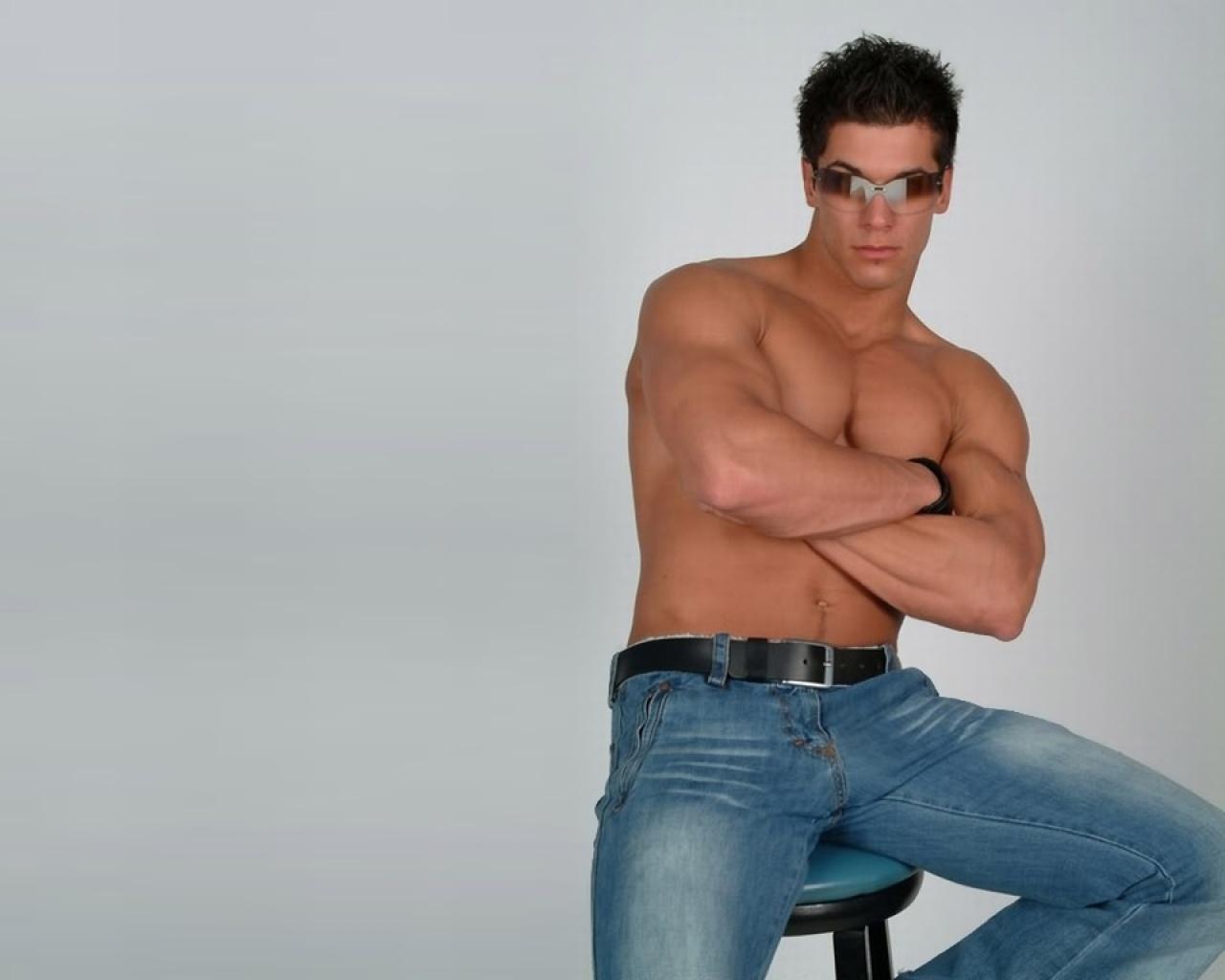 Сексуальные в джинсах 14 фотография