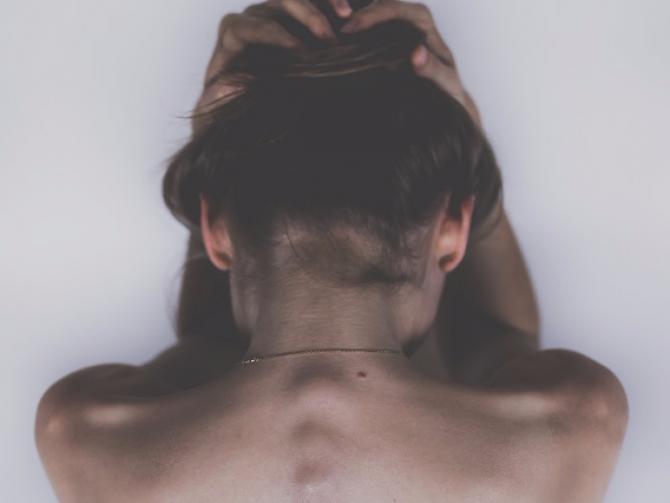 Приступ мигрени могут вызвать бактерии ротовой полости