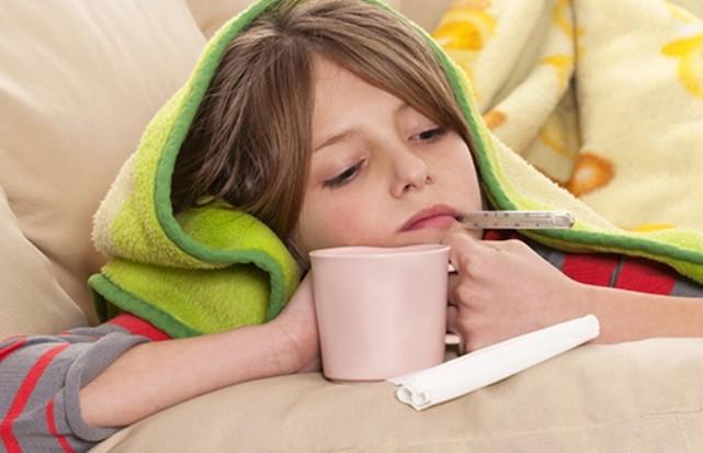Как снизить температуру у взрослого в домашних условиях у детей