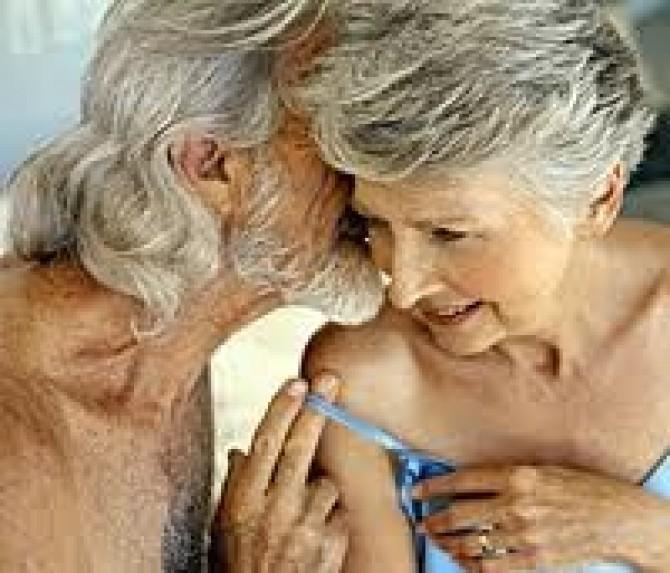 Секс старушек с молоденькими фото
