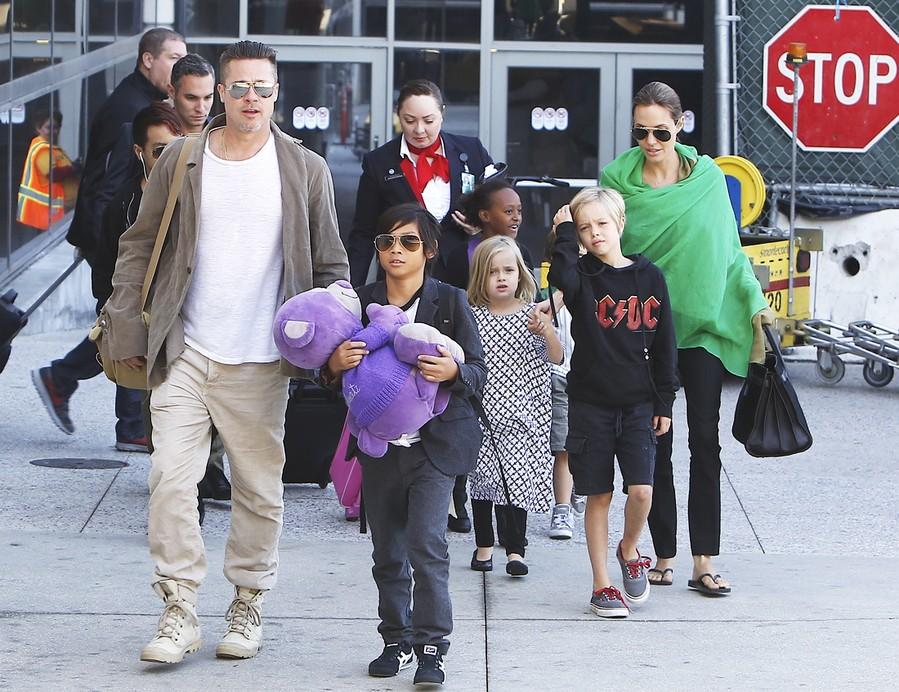 Брэд Питт и Анджелина Джоли развод причины
